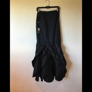 Dresses & Skirts - Tadashi Sholi taffeta long  black skirt  NWT